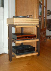 shale audio design schiefer interview fairaudio. Black Bedroom Furniture Sets. Home Design Ideas
