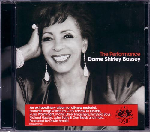 Shirley Bassey / The Performance