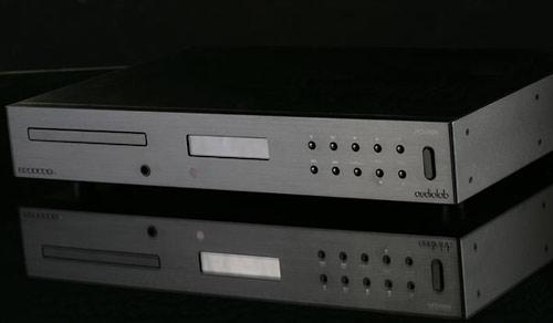 Audiolab 8200CDQ - Schwarz