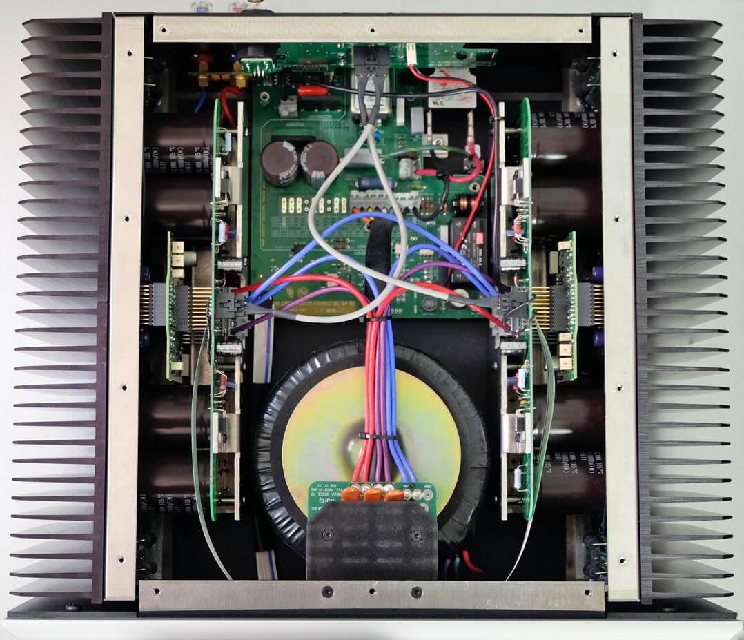 Bryston 7B³ Innen/Elektronik