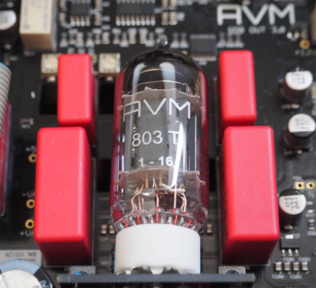 AVM Ovation CS 8.2 Röhre