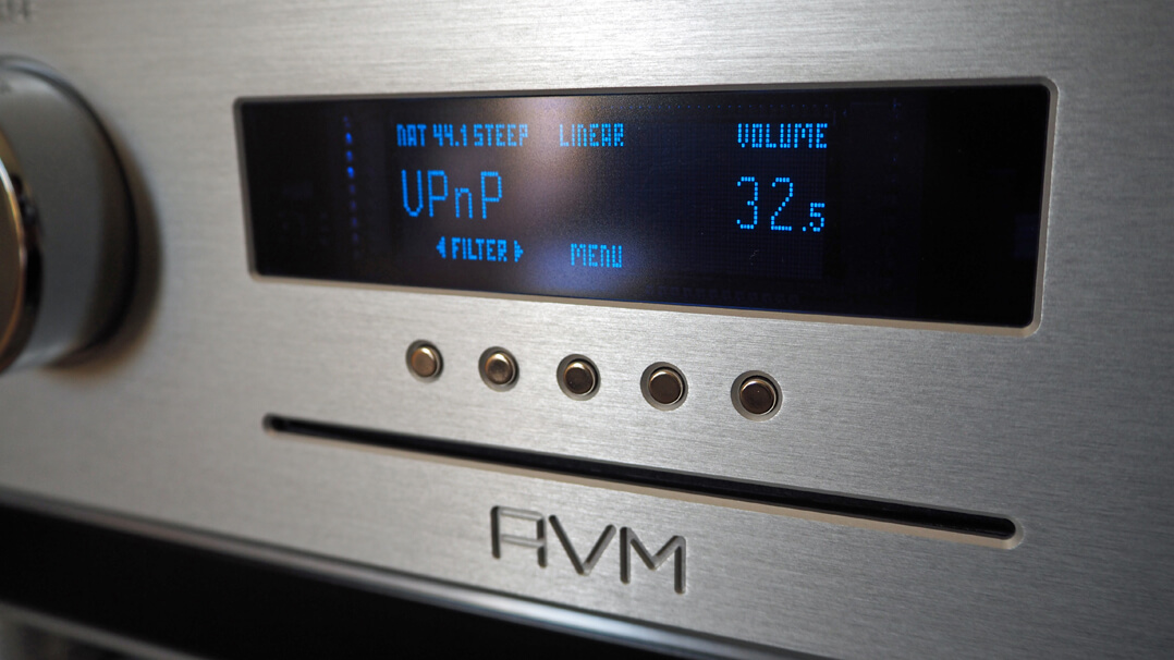 AVM Ovation CS 8.2 UPnP