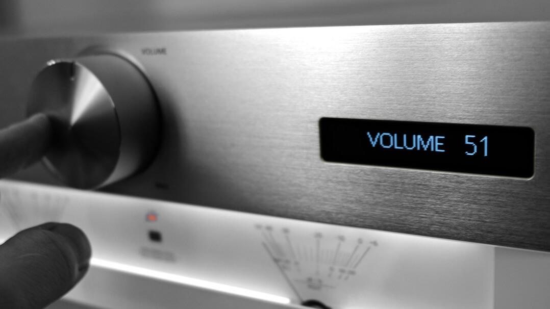 Technics SU-G700 Volume