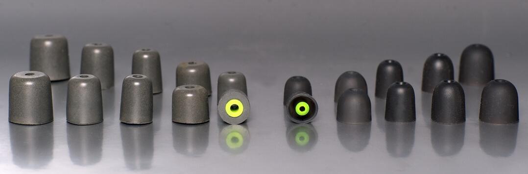 Der Westone W60 kommt mit jeweils fünf Paar Silikon- und Memoryfoam-Ear-tips