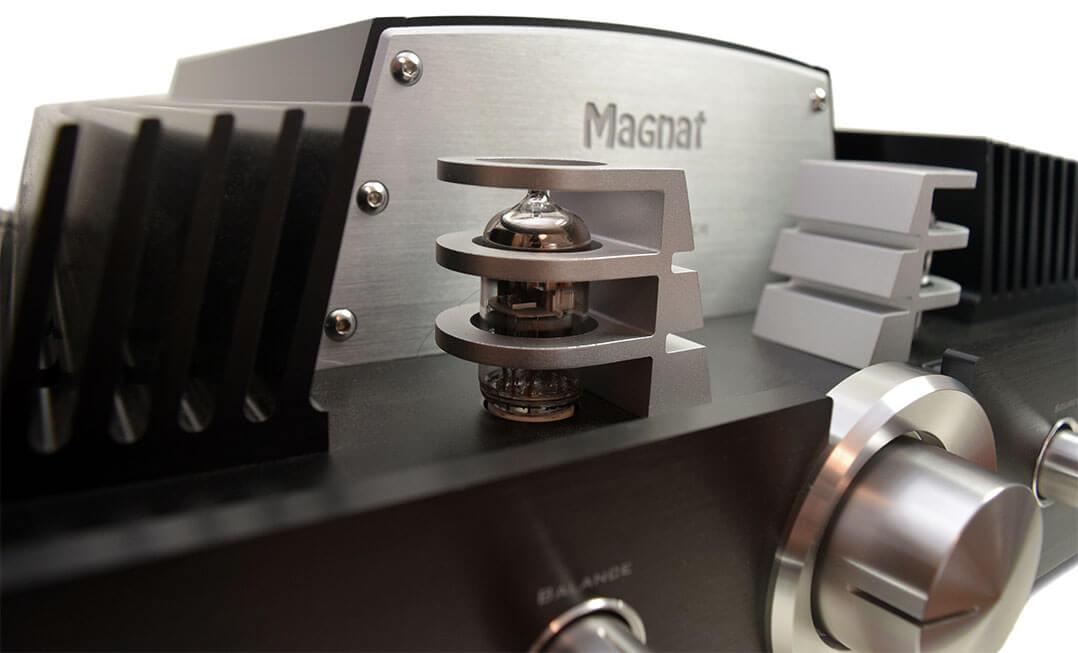 Magnat RV-4