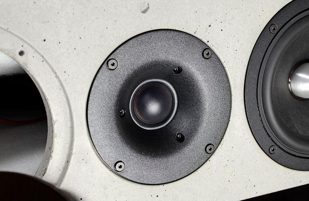 Der Hochtöner der Betonart Audio besitzt eine 30-mm-Gewebekalotte und eine Schallführung