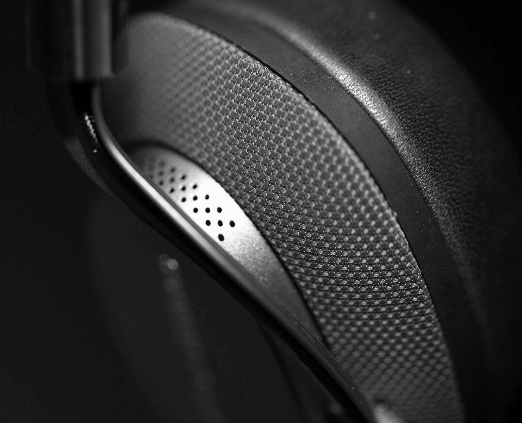 B&W PX Kopfhörer Hörmuschel