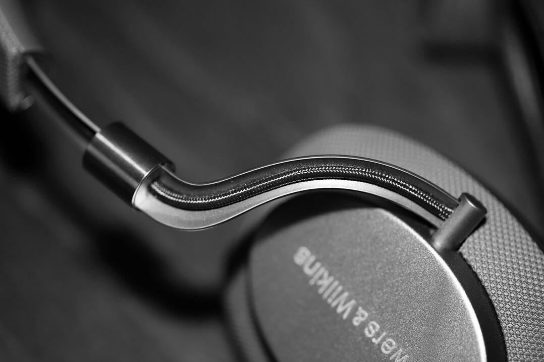 B&W PX Kopfhörer Kabelführung