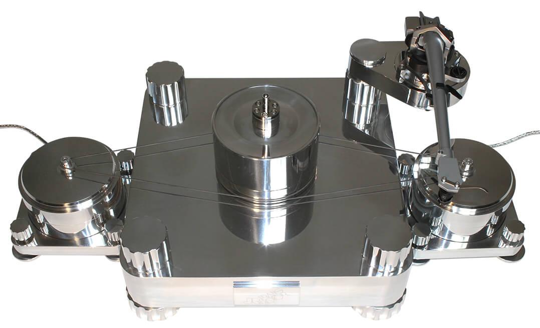 Der Massimo mit zwei Motoren benötigt gute 70 cm Stellfläche in der Breite