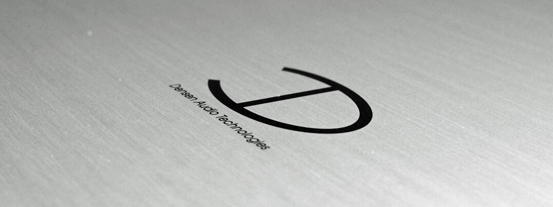 Densen Cast Amp Endverstärker Logo/Gravur