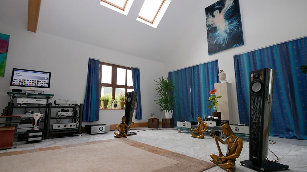 LAB12 Suono Röhren Endstufe Wohnzimmer 2