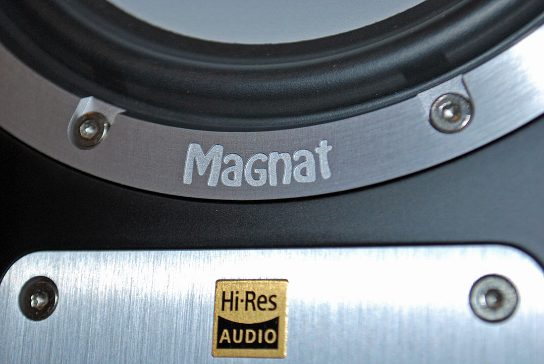 magnat-signature-1105