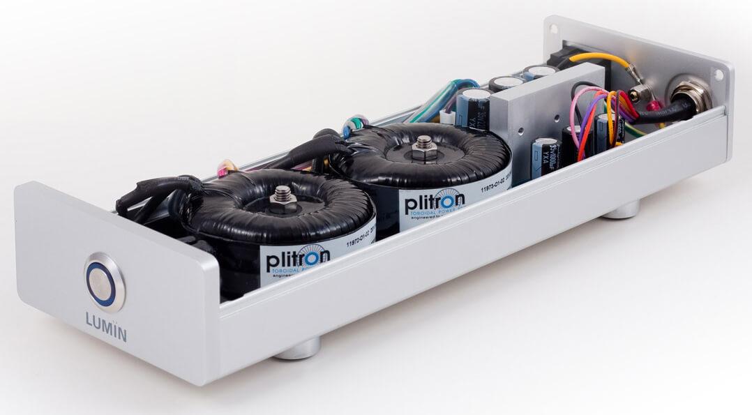 Das Lumin-Netzteil besitzt für digitale und analoge Schaltungen getrennte Stromversorgungen