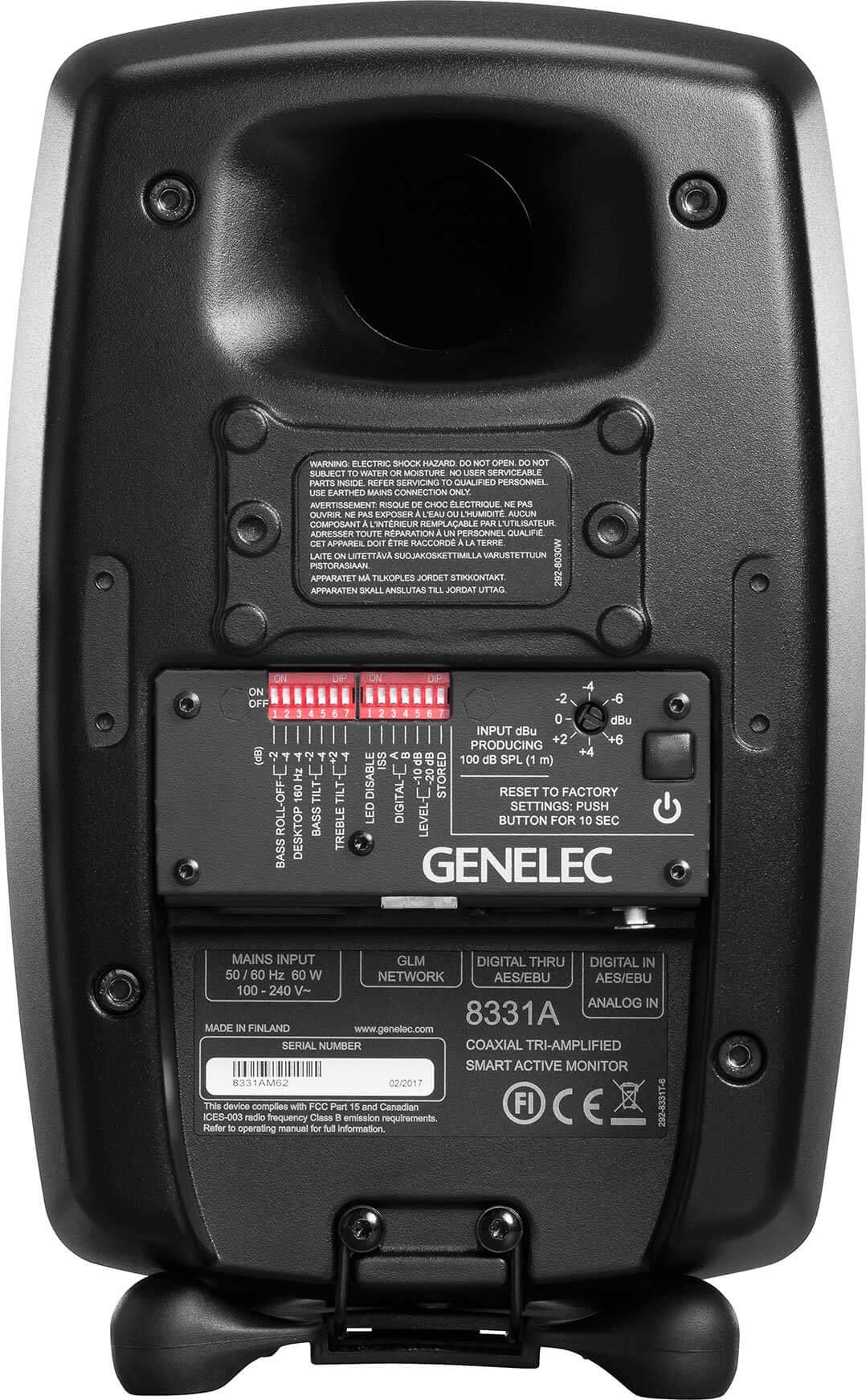 Rückseite der Genelec 8331A