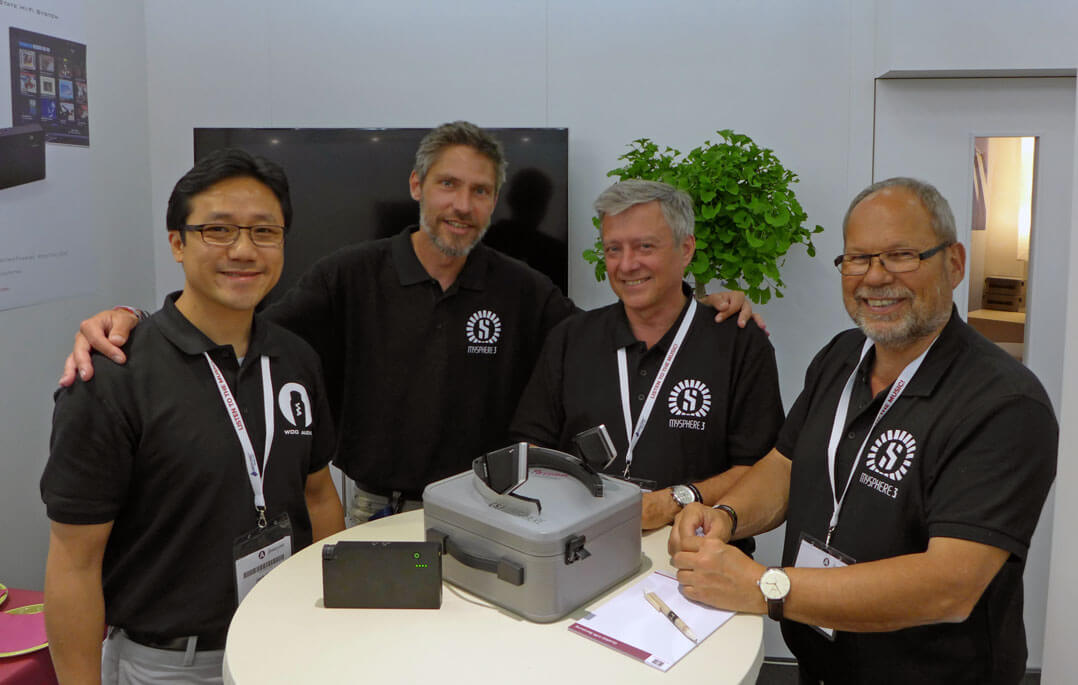Woo Audio CEO Jack Woo neben Thomas Friedl, Heinz Renner und Helmut Ryback vom Mysphere-Team