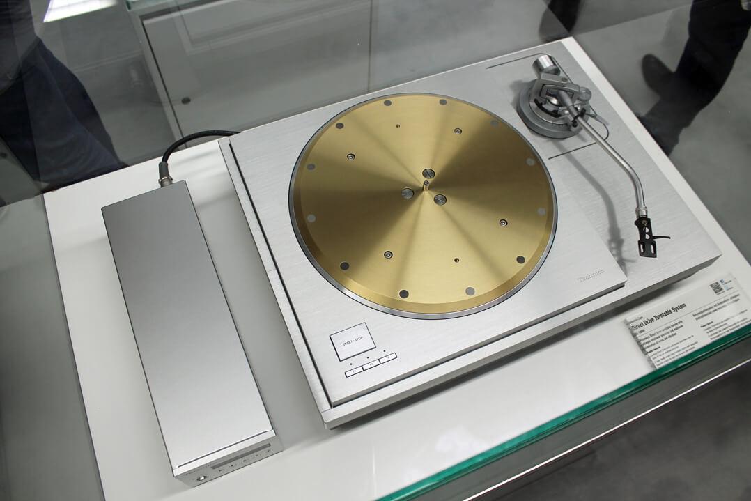 Technics Plattenspieler von oben