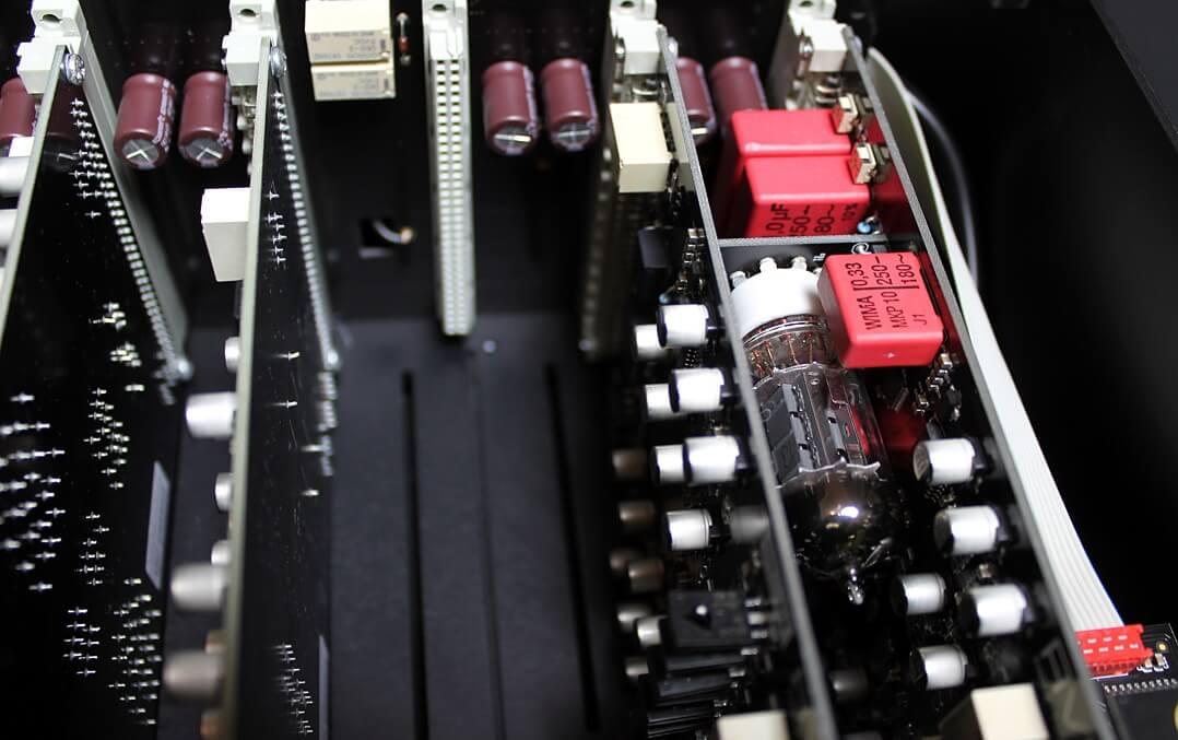 AVM Ovation PA8.2 Modulsteckplätze