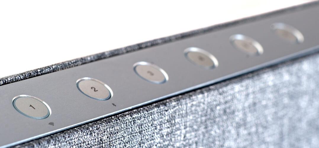 Der Dynaudio Music 7 hat fünf Memorytasten, die sich individuell belegen lassen