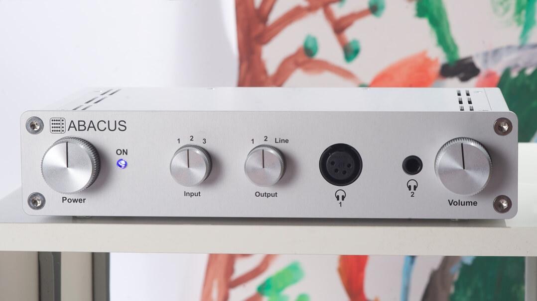 Abacus Cuffino Kopfhörerverstärker Regal
