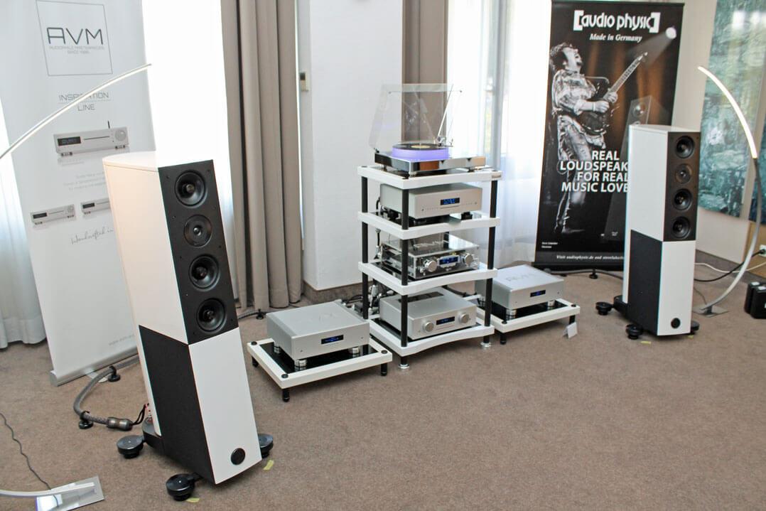AVM mit Audiophysics