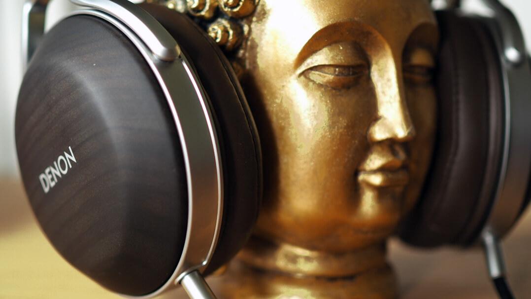 Denon AH-D5200 mit Buddha
