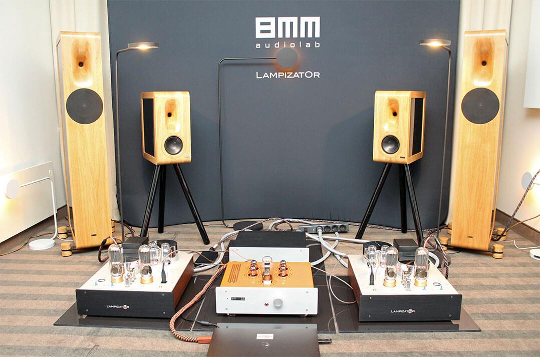 Im Raum von Lampizator und 8mmaudiolab
