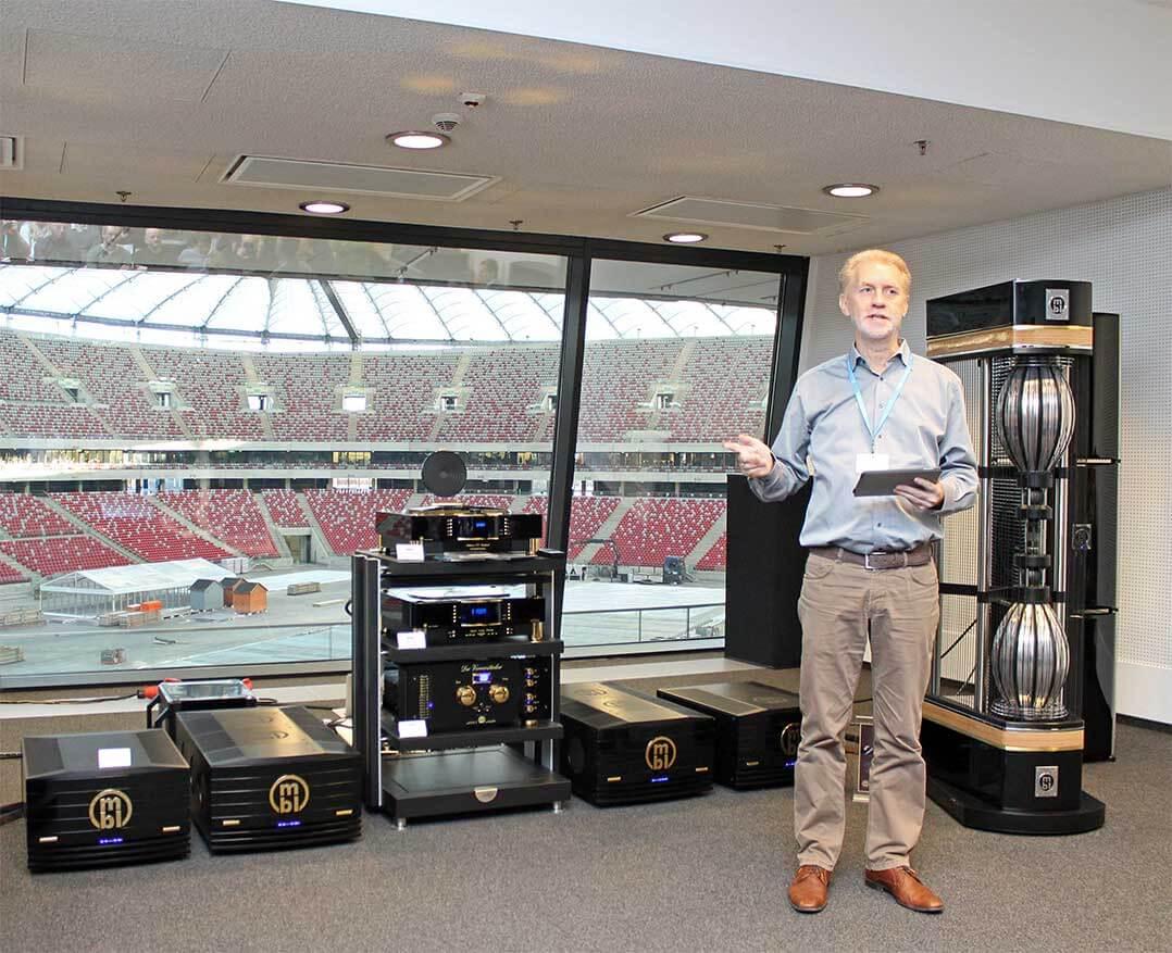 MBL-Chefentwickler Jürgen Reis führte durch das Programm