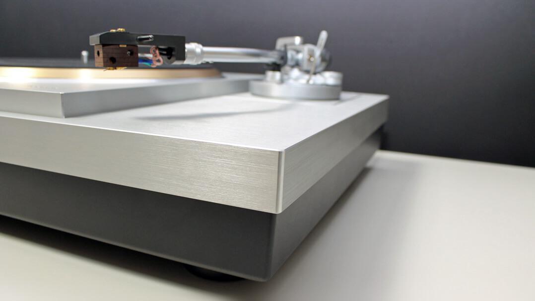 Technics SL-1000R Plattenspieler Teaser