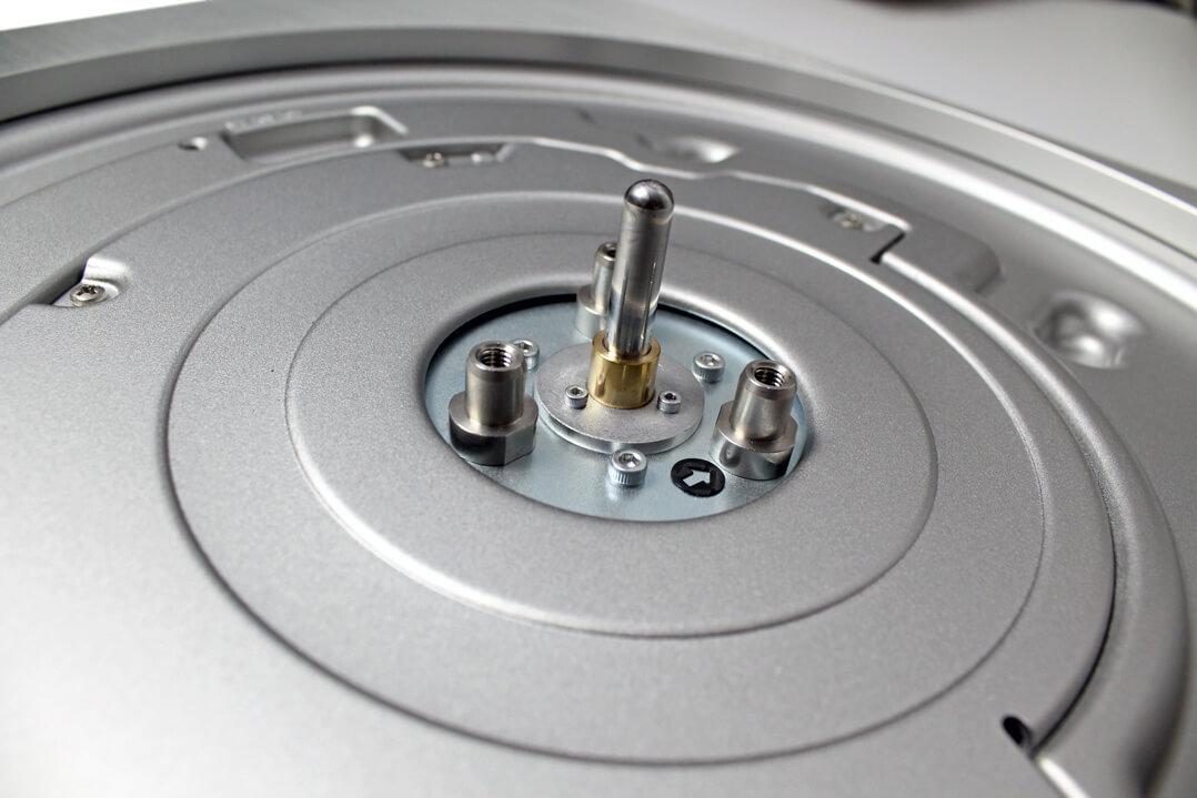 Technics SL-1000R Achse