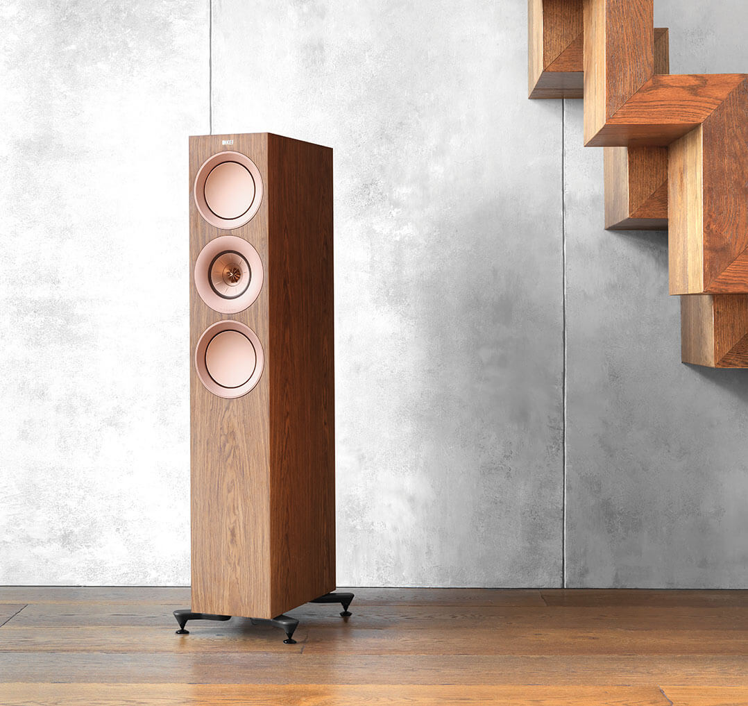 KEF R7 in Walnussfurnier