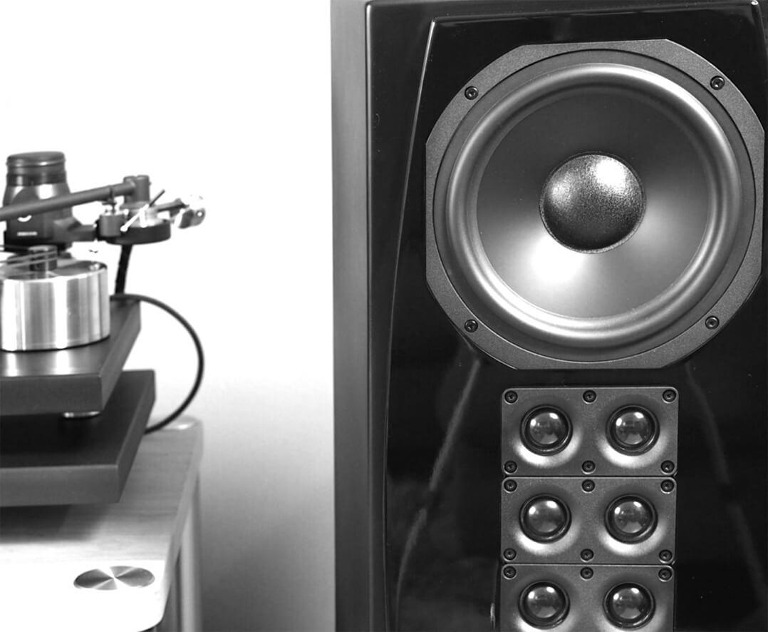 XTZ Cinema M8 Tower Lautsprecher mit Plattenspieler