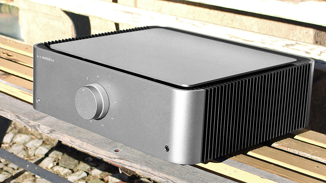 Cambridge Edge A Vollverstärker mit DAC Outdoor