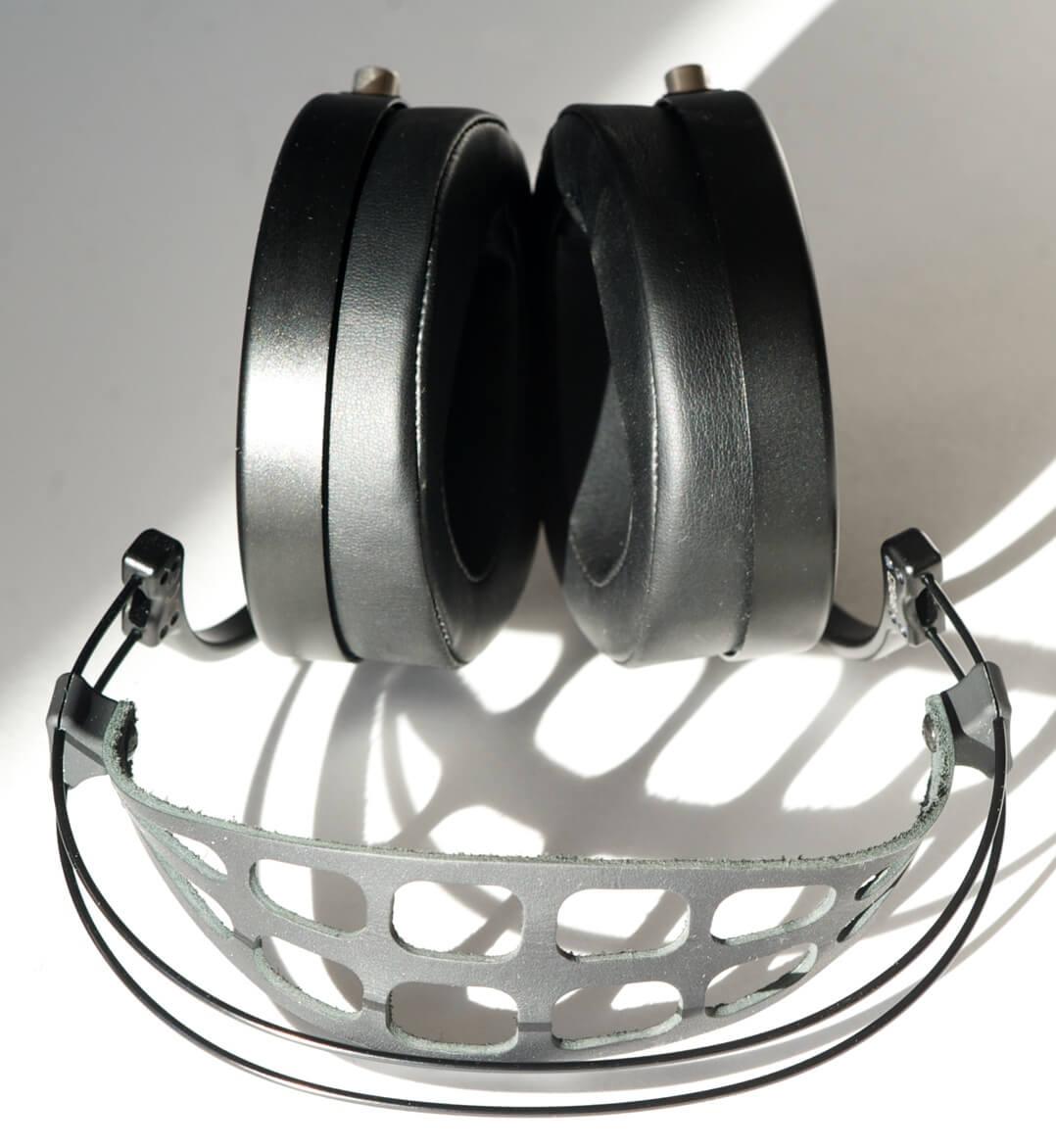 MrSpeakers Ether 2 Kopfhörer von oben Bügel vorne