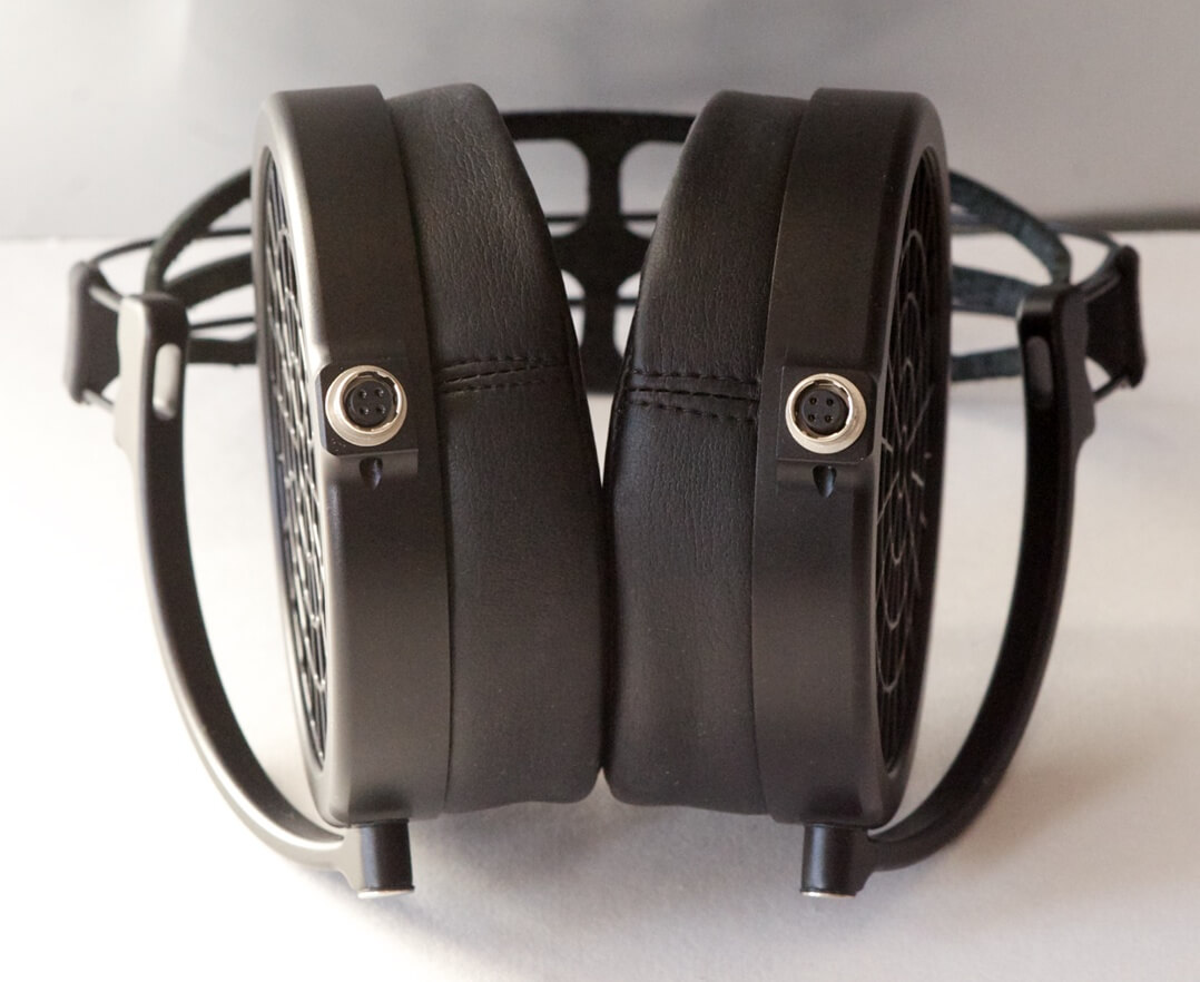 MrSpeakers Ether 2 Kopfhörer Anchlüsse
