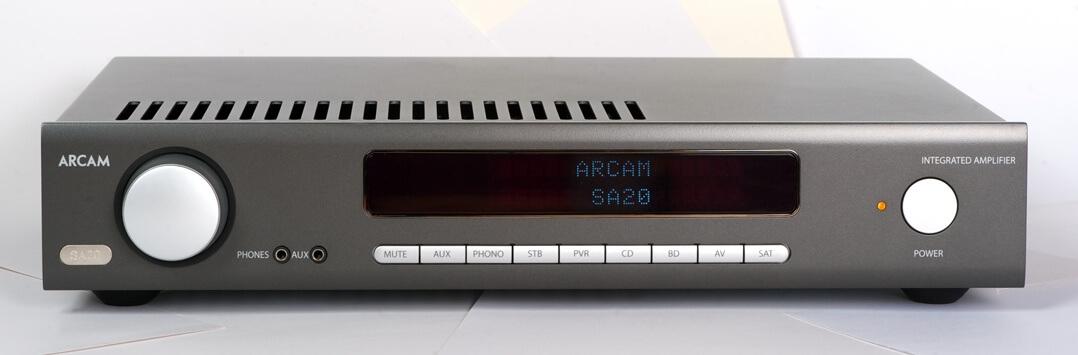 Arcam SA20 von vorne