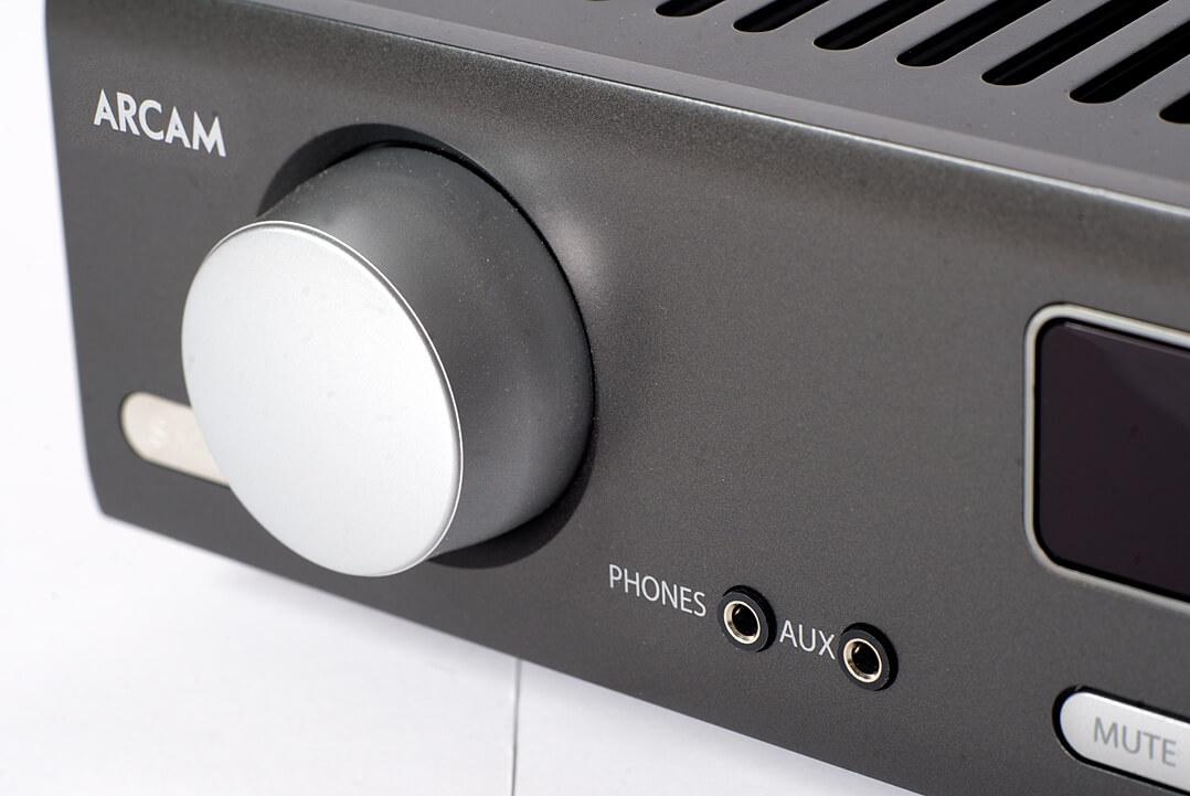 Arcam SA20 - Phones- und Aux-Klinkeneingang