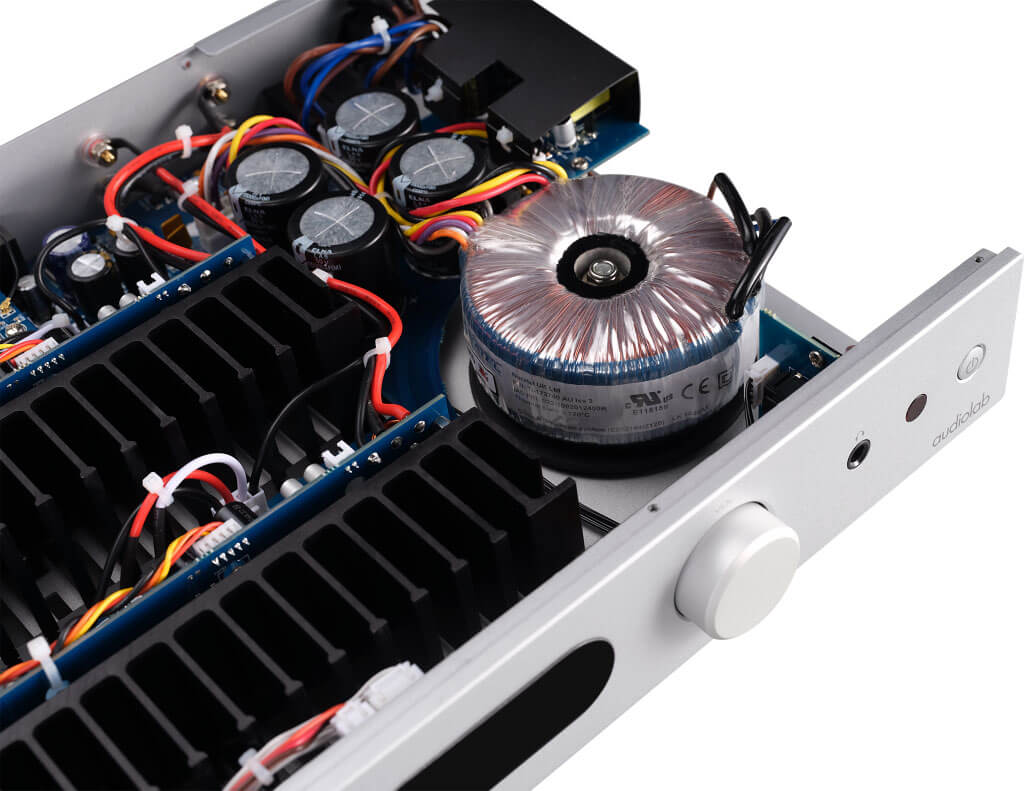 Audiolab 6000A - Trafo und Stromversorgung