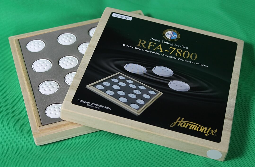 Verpackung der Harmonix RFA-7800 Room Tuning Disks