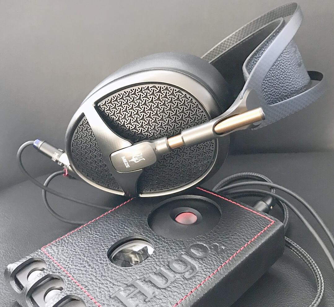Meze Empyrean Over-Ear-Kopfhörer mit Chord Hugo
