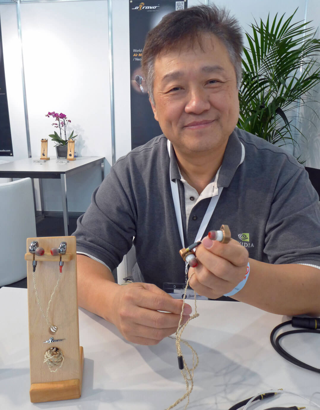 David Teng mit seinen neuesten Kreationen oBravo Ra und Cupid