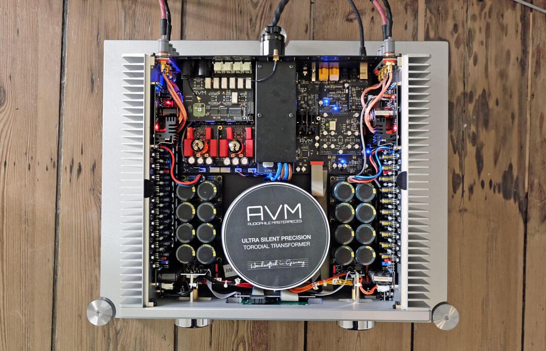 AVM Ovation A 6.3 und AVM Ovation A 8.3 - Innenaufnahme