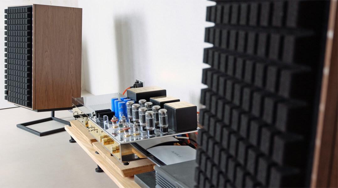 JBL L100 Classic Lautsprecher mit Rack