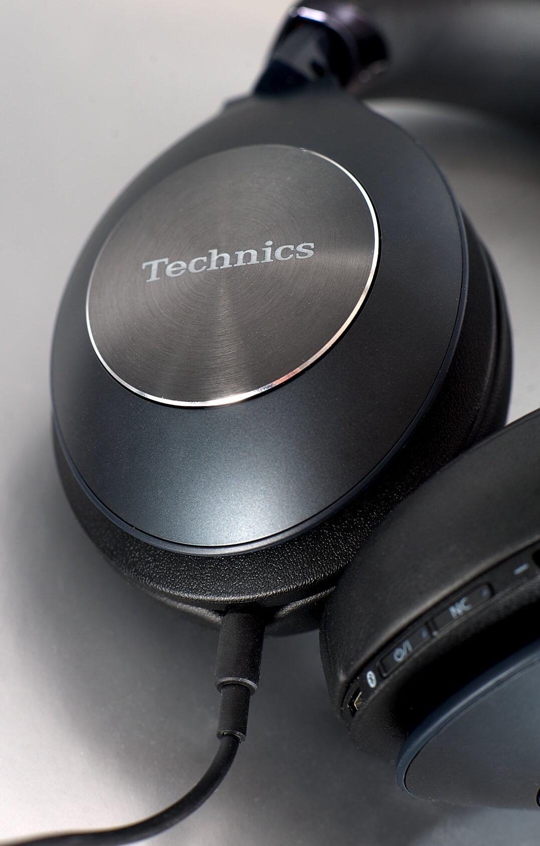 Hörmuschel des Technics F70N