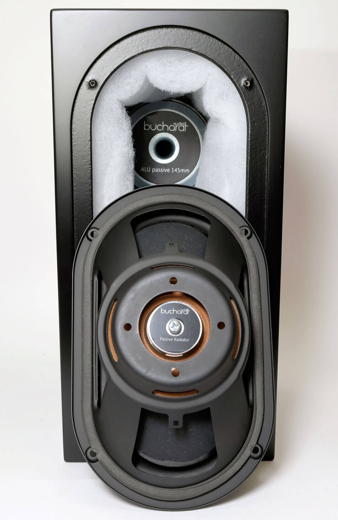 Buchardt Audio S400 rückwärtiger Treiber ausgebaut