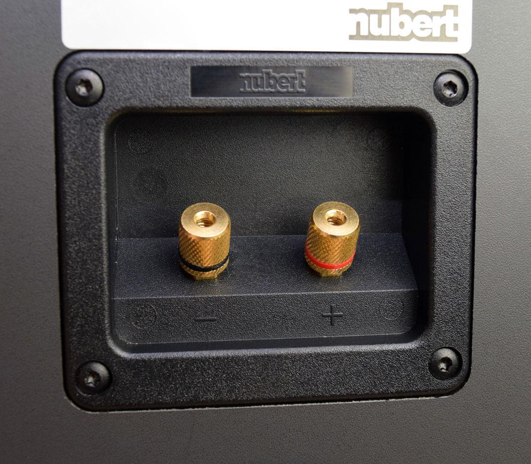 Nubert nuBox 425 Jubilee Anschlussterminal