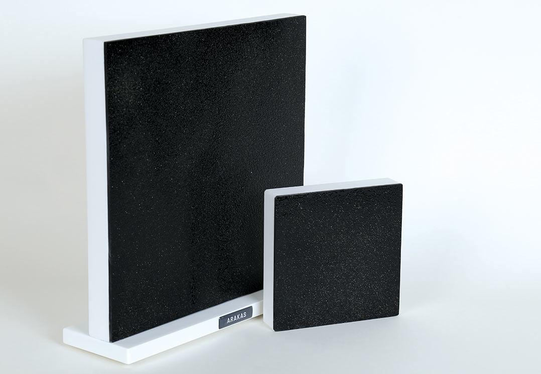 Quadratische Arakas-Akustikspiegel mit den Kantenmaßen 22 und 11 Zentimeter