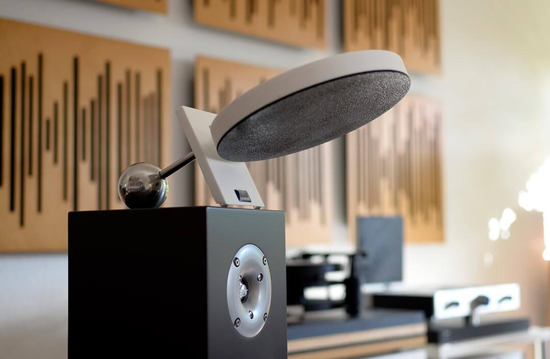 Arakas Akustikspiegel auf Orbid Nandur