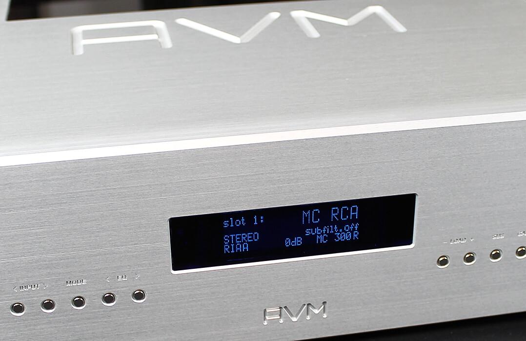AVM Ovation PH 8.3 von links vorne