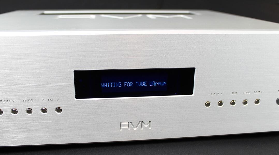 AVM Ovation PH 8.3 - Front und Display