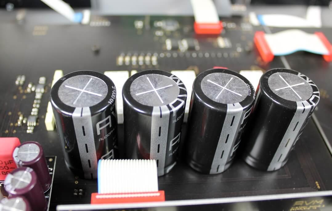 AVM Ovation PH 8.3 - Kondensatoren